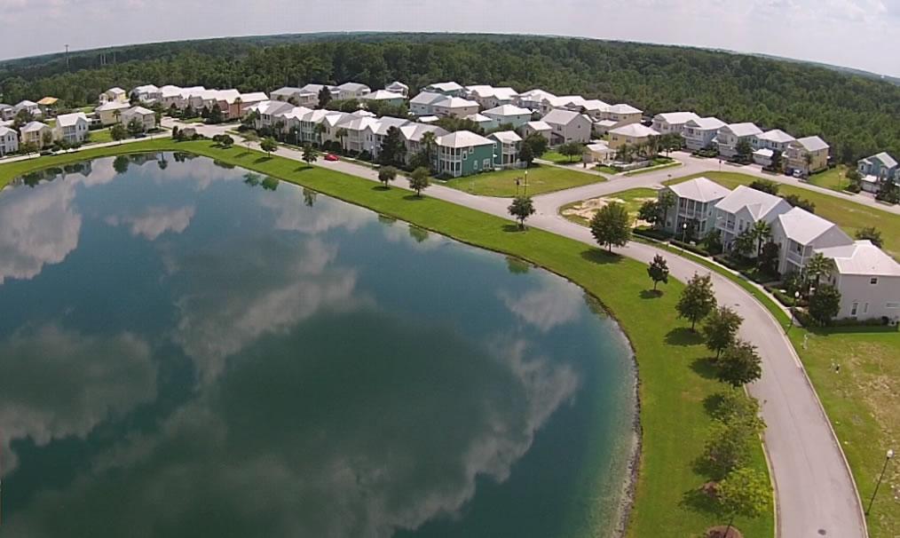 lakeside-vacation-homes
